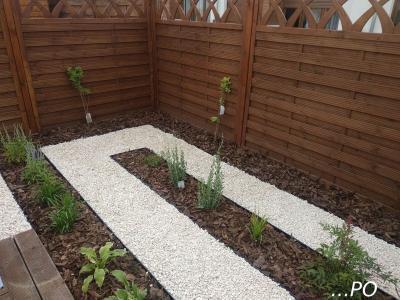 mały ogród przydomowy w rabowicach 5
