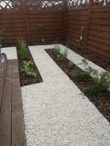 mały ogród przydomowy w rabowicach 6